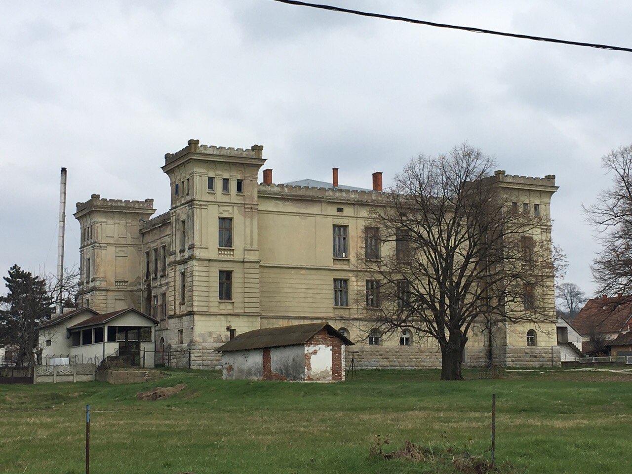 Dvorac 1